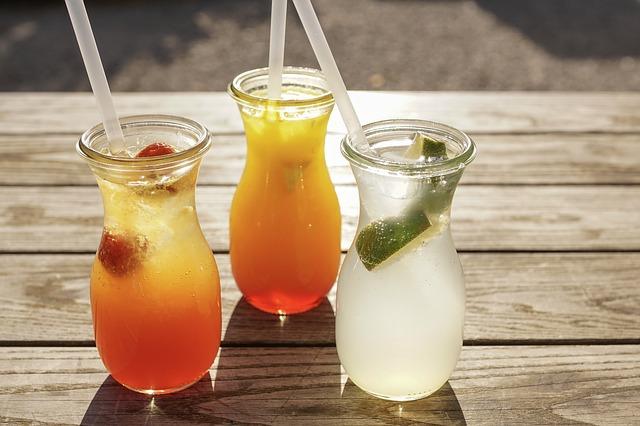 tři drinky