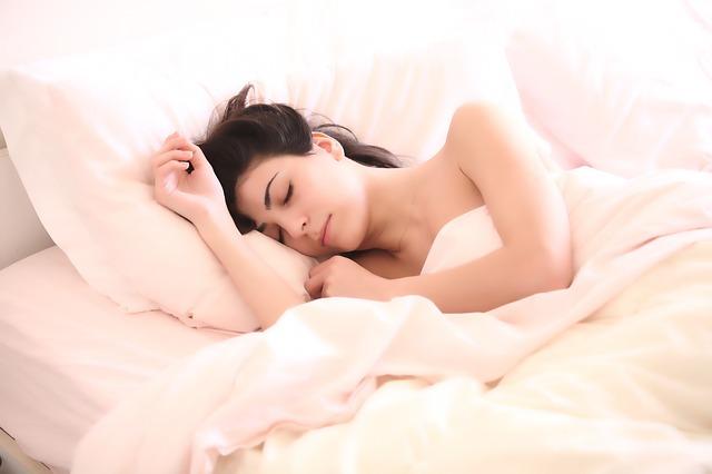 spánek slečny