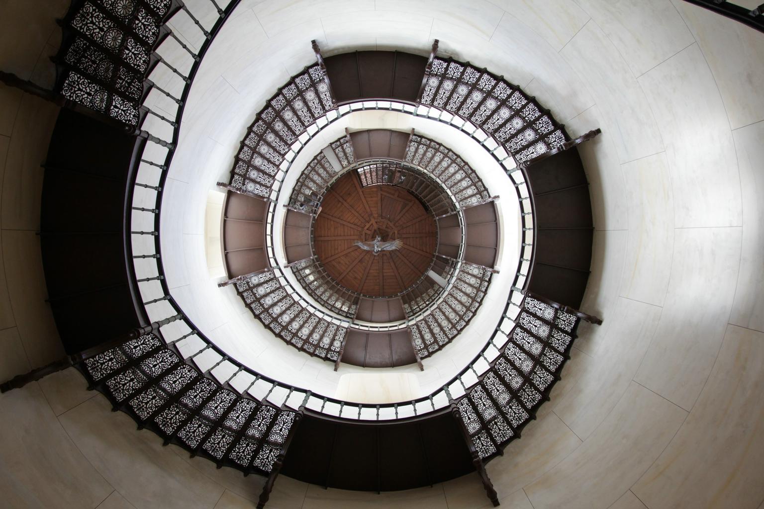 točité samonosné schodiště